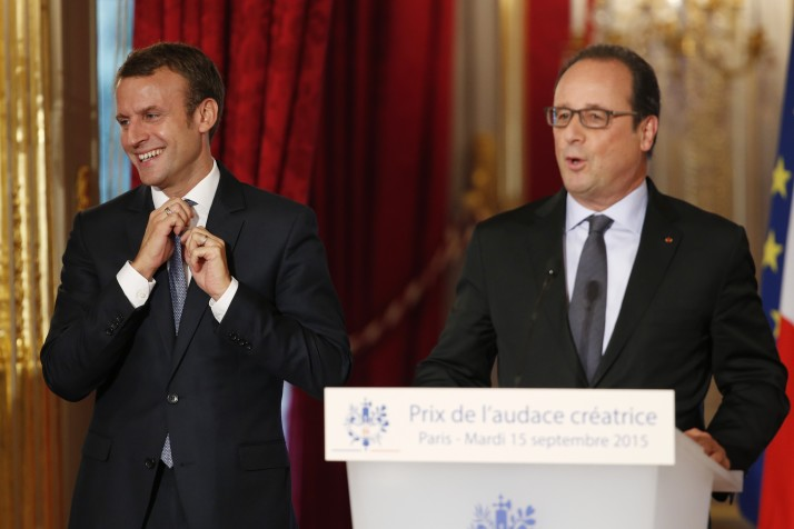 FRANCE-GOVERNMENT-ECONOMY-AWARD